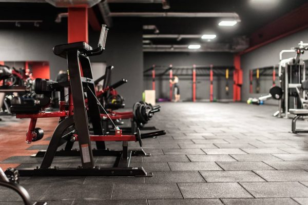 Club gym - SBR Black + Red tile
